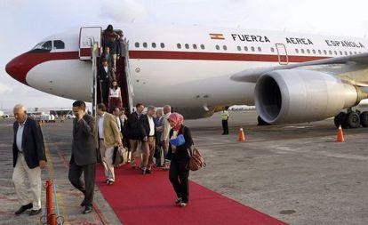 Margallo llegando a Bali durante el pasado día 28.