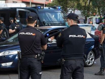 Control de la Policía Nacional en Madrid, el pasado domingo.