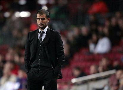Guardiola, durante un partido en el Camp Nou.