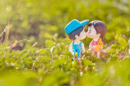 Los niños descubren su sexualidad tal como descubren otros aspectos de su ser: a partir de la curiosidad y a través de la observación.