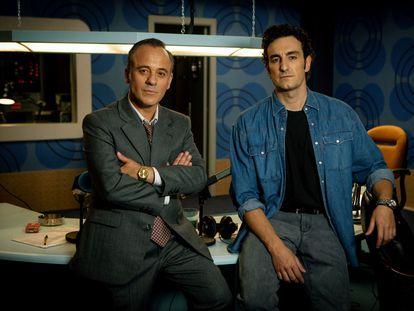 Javier Gutiérrez (izquierda) y Miki Esparbé, protagonistas de 'Reyes de la noche', de Movistar+.