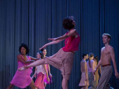 Una escena de la coreografía 'Rain', de Anne Teresa de Keersmaeker.