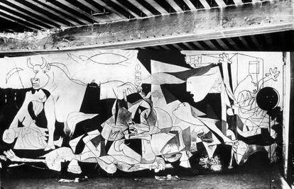 Imagen del 'Guernica' tomada por Dora Maar en una fase avanzada.