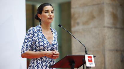 Rocío Monasterio en la toma de posesión de Isabel Díaz Ayuso como presidenta de la Comunidad de Madrid.