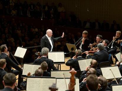 Bernard Haitink dirige la 'Séptima Sinfonía' de Anton Bruckner a la Filarmónica de Viena en el último concierto de su carrera, ofrecido el 6 de septiembre de 2019 en el Festival de Lucerna.