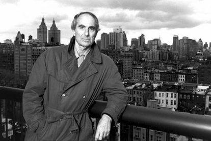 El novelista estadounidense Philip Roth en 2001.