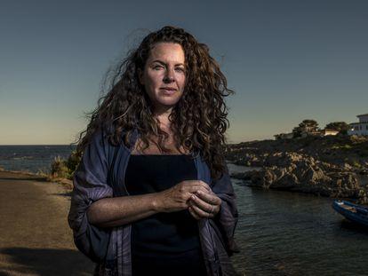 Claudia Llosa, directora de cine y escritora, en la Costa Brava (Girona).