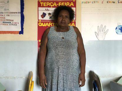 Maria Silva Nunes, en el comedor de un colegio donde acude a almorzar cada mediodía