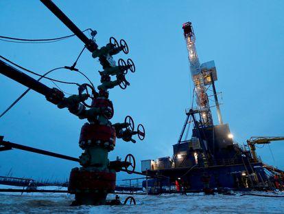 Un pozo petrolero en Irkutsk (Rusia).