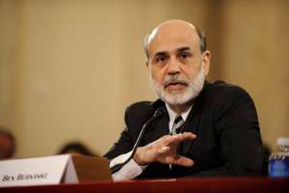 En la imagen un registro del presidente de la Reserva Federal de EE.UU., Ben Bernanke, quien señaló que la crisis europea y la incertidumbre que ha creado en los mercados está afectando también a la economía estadounidense. EFE/Archivo