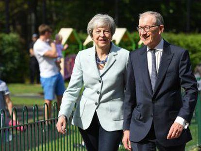 La primera ministra considera presentar su dimisión este viernes, según el periódico  The Times