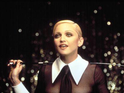 Foto promocional del lanzamiento de Erotica (1992)