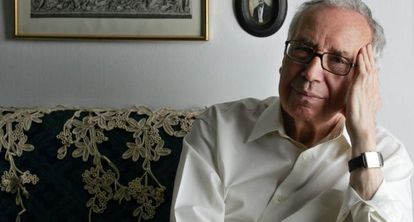 El poeta cordobés Pablo García Baena.