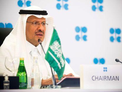 El ministro de Energía de Arabia Saudí, Abdulaziz bin Salman Al-Saud, durante una reunión de los países exportadores de crudo, el año pasado.