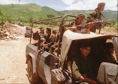Presencia del Ejército mexicano en la montaña de Guerrero.
