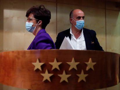 Elena Andradas y Antonio Zapatero, gestores de la estrategia de vacunación de Madrid.