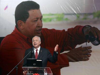 El exministro de Petróleo de Venezuela Rafael Ramírez, durante un discurso en la sede de PDVSA de Caracas en mayo de 2013.