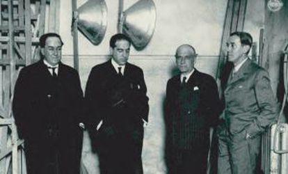 Antonio Machado, Gregorio Marañón, José Ortega y Gasset y Ramón Pérez de Ayala en el acto de presentación de la Agrupación al Servicio de la República, el 4 de febrero de 1931.