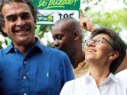 Sergio Fajardo, durante la campaña presidencial de 2018 junto a Claudia López, su fórmula vicepresidencial.