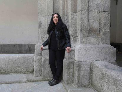 Isabel Galvín, reelegida como secretaria general de la Federación de Enseñanza de Comisiones Obreras de Madrid, posa en el Instituto de Enseñanza Secundaria San Isidro. KIKE PARA