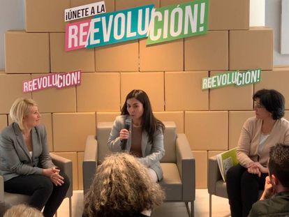 Silvia Barquero, Laura Duarte y Ana Bayle, en la presentación de los candidatos en Madrid.