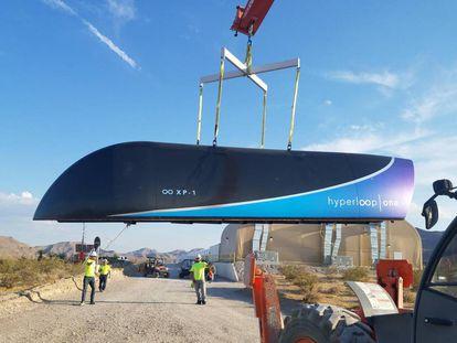 Prototipo del Hyperloop, en una imagen tomada en el desierto  de Las Vegas.