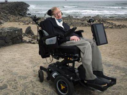 El reconocido científico y divulgador británico ha fallecido en su casa de Cambridge.