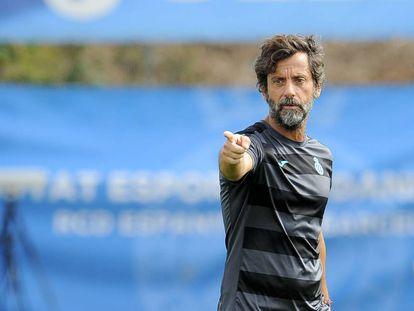 Quique Sánchez Flores, durante un entrenamiento del Espanyol.