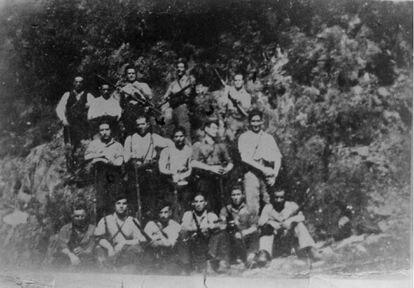 Congreso fundacional de la Federación de Guerrillas de León-Galicia en los montes de Ferradillo (Priaranza del Bierzo, León).