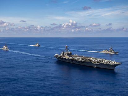 Las maniobras de Estados Unidos y sus aliados para reforzar las rutas marítimas desafiadas por China están alimentando crecientes tensiones en la región asiática.