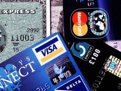 Diferentes tarjetas de crédito, en una imagen de archivo. Agencia Getty / GETTY