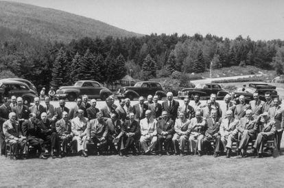 Los jefes de delegación que representaron a cada uno de los 44 países participantes en los acuerdos de Bretton Woods.