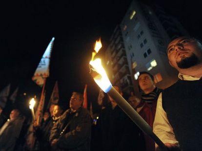 Seguidores del partido ultraderechista Jobbik, (Better) este miercoles en Miskolc.