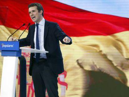 Su gabinete, en el que hay varios críticos con Rajoy, le ayudó a redactar una intevención de 80 minutos que encendió a los populares