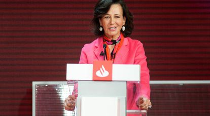 Ana Botín, presidenta del Santander, durante el discurso inaugural de XII Conferencia Internacional de Banca, en Boadilla del Monte.