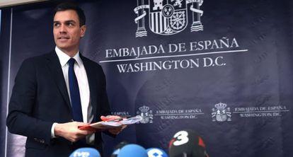 Pedro Sánchez, en la Embajada de España en Washington.