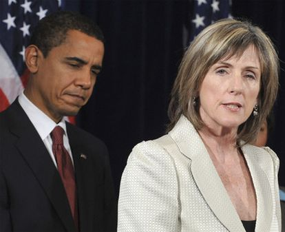 Carol Browner, en una imagen con Barack Obama.