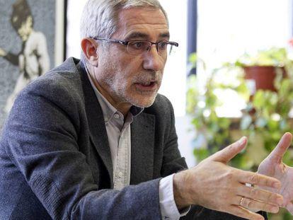 Gaspar Llamazares, exlíder de IU, entrevistado en Madrid