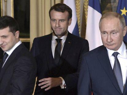 Zelenski, Macron y Putin en la reunión de Paris para tratar la guerra en el Este de Ucrania, este lunes.