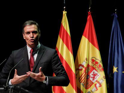 El presidente del Gobierno, Pedro Sánchez, durante su conferencia en el Liceo de Barcelona, este lunes.