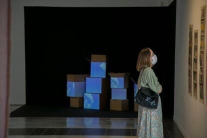La exposición '14 relatos breves', en La Casa de Vacas, que reúne la obra de 14 artistas coreanos.