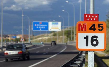La autopista M-45, una de las arterias principales de Madrid.