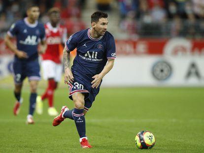 Messi, en una acción del partido contra el Reims.
