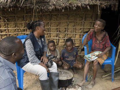 Julienne Anoko, la antropóloga española de la OMS que se enfrenta al ébola en el Congo.