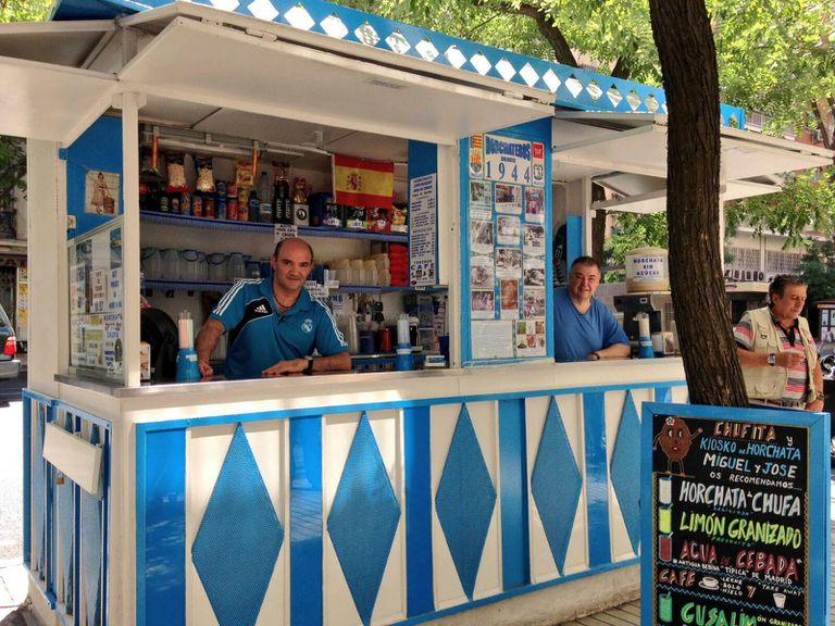 Kiosco de horchata Miguel y José en El Retiro.