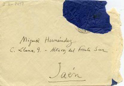 Sobre de una carta enviada por Vicente Aleixandre a Miguel Hernández.