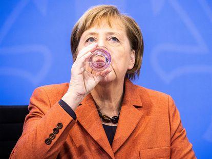 La canciller alemana, Angela Merkel, durante una rueda de prensa el domingo en Berlín.