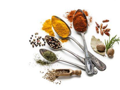 Cinco especias que podemos usar para reducir la sal de las comidas