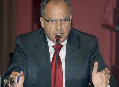 El senador del PSOE canario Casimiro Curbelo,
