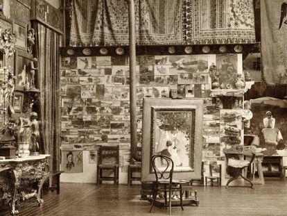 Estudio de Sorolla en el pasaje de la Alhambra, en 1897 en Madrid.